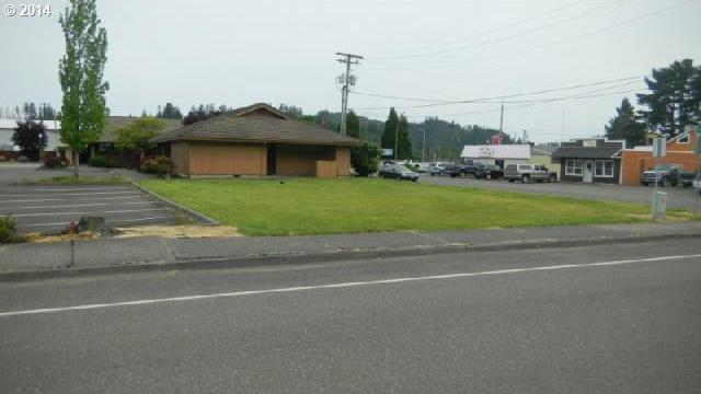 Winchester Ave, Reedsport, OR 97467
