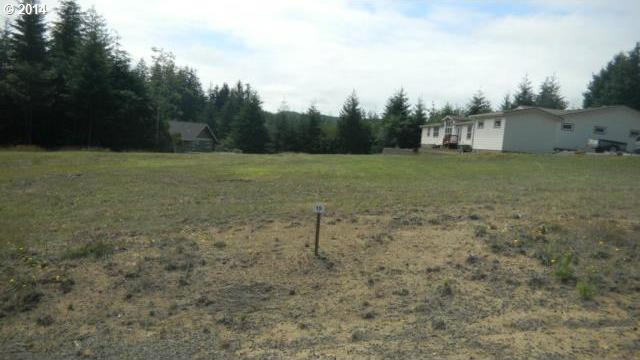 479 Providence Dr, Reedsport, OR 97467