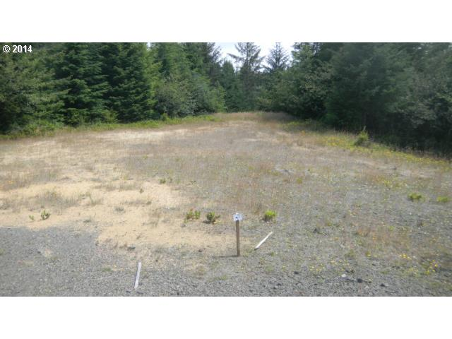 285 Foxglove Way, Reedsport, OR 97467