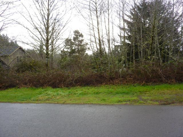 2300 NE 35th St, Lincoln City, OR 97367