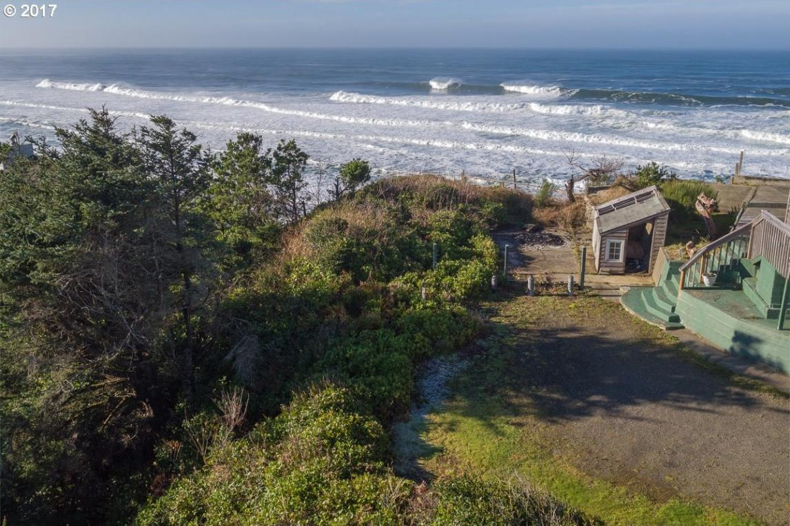 2200 SW Anchor Ct, Lincoln City, OR 97367