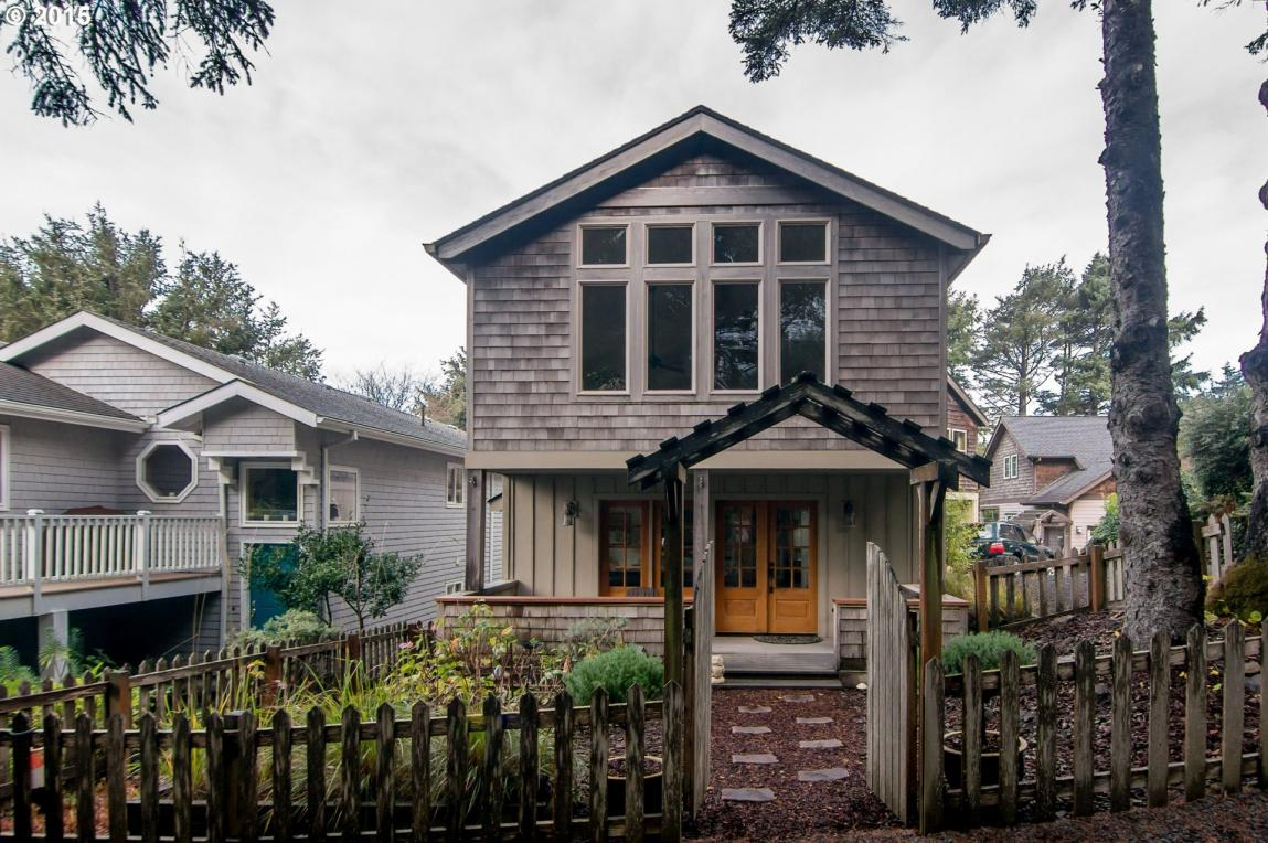 164 Maher St, Cannon Beach, OR 97110