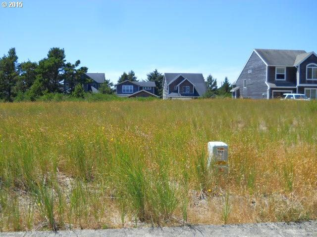 42 Dory Pointe Loop, Pacific City, OR 97135