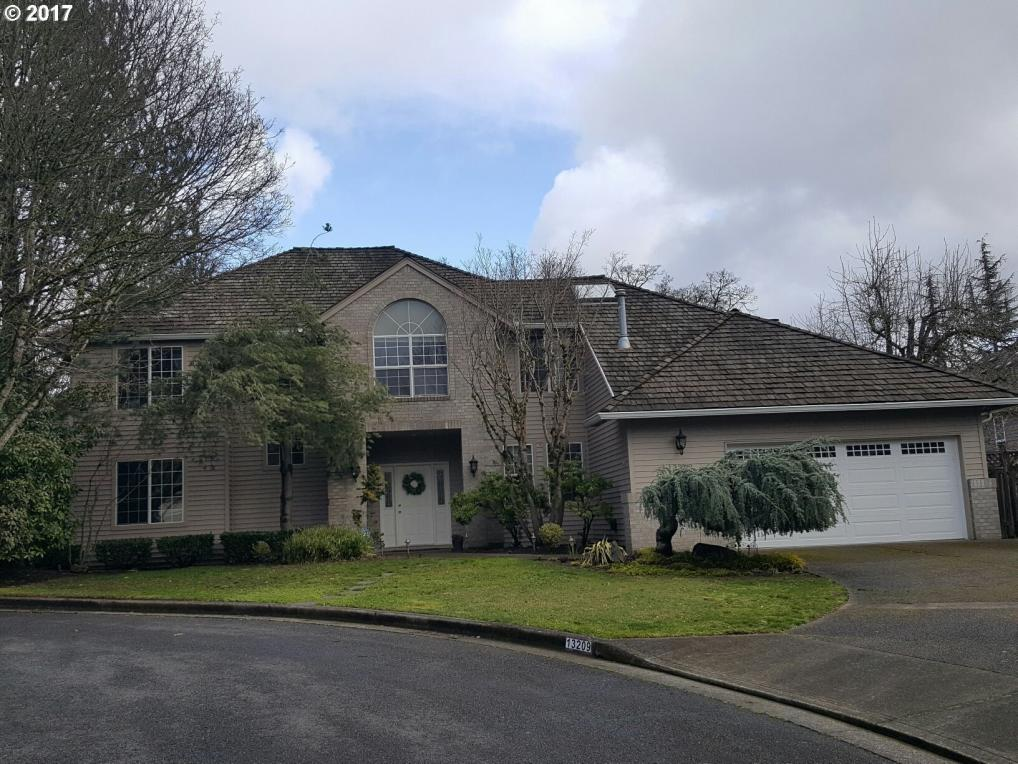 13209 Twin Creek Ct, Lake Oswego, OR 97035