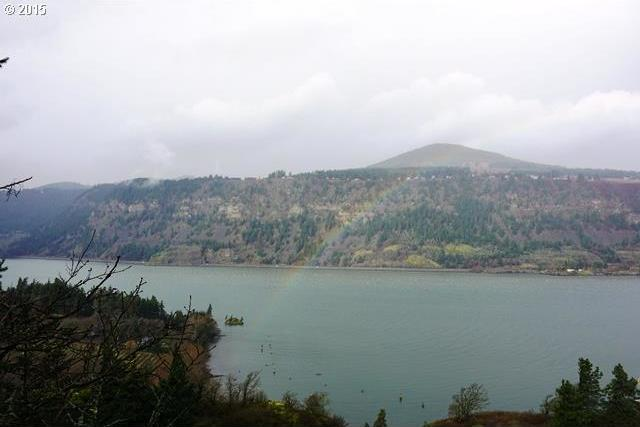 456 Country Club Rd, Hood River, OR 97031