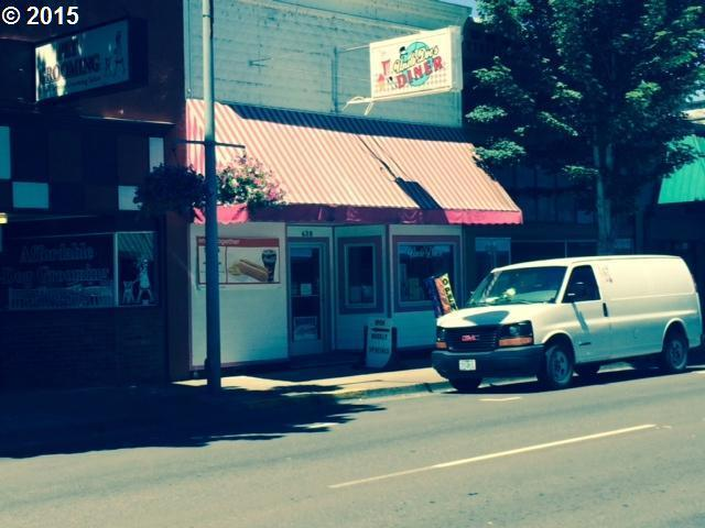 638 S Main St, Lebanon, OR 97355
