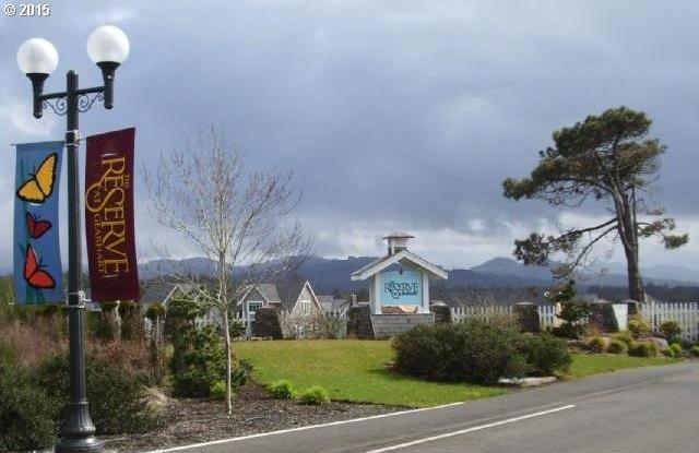 468 Lanthorn Ln, Gearhart, OR 97138