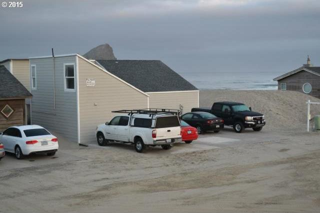 34440 Ocean Dr, Pacific City, OR 97135