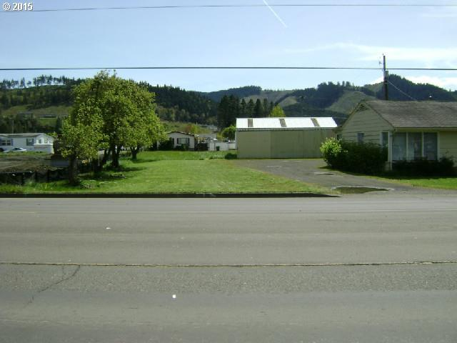 628 E Central Ave, Sutherlin, OR 97479