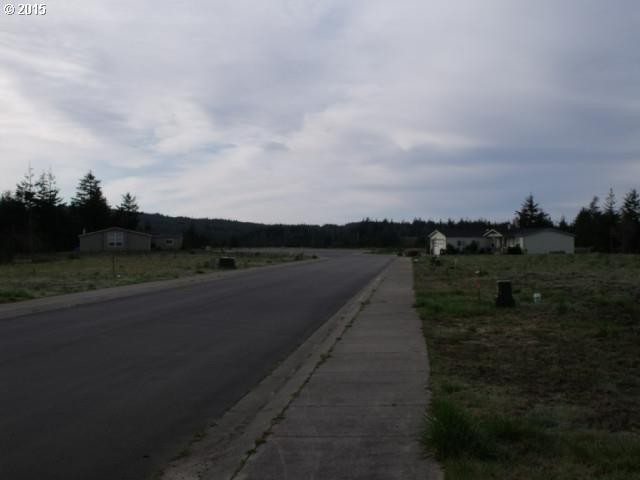 Nathan Dr, Coos Bay, OR 97420