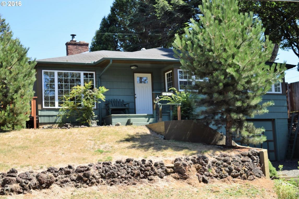 1512 N Collier St, Coquille, OR 97423