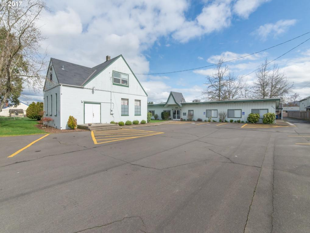 285 S 42nd St, Springfield, OR 97478