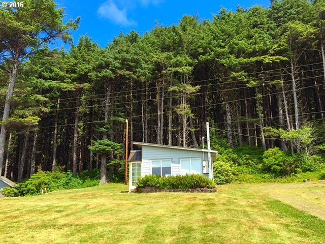 94947 Hwy 101, Yachats, OR 97498