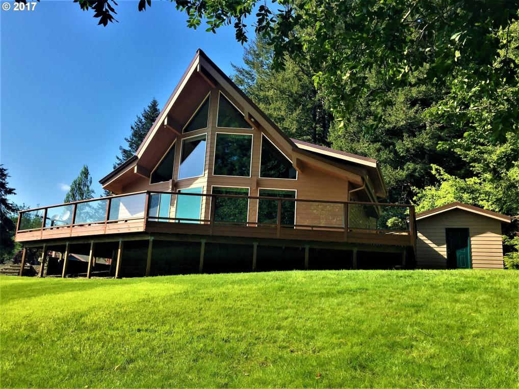 95352 Nord Loch Ln, Lakeside, OR 97449