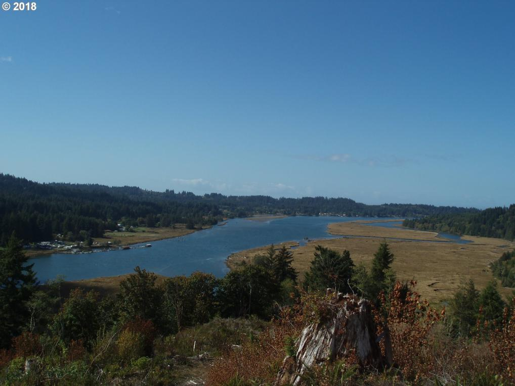 May Rd, Waldport, OR 97394