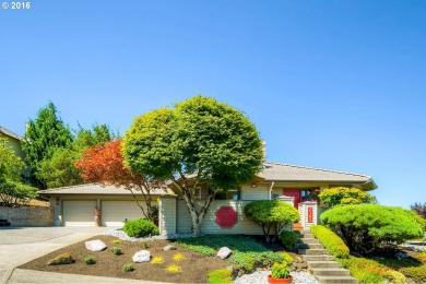 2305 SW Thomas Pl, Gresham, OR 97080