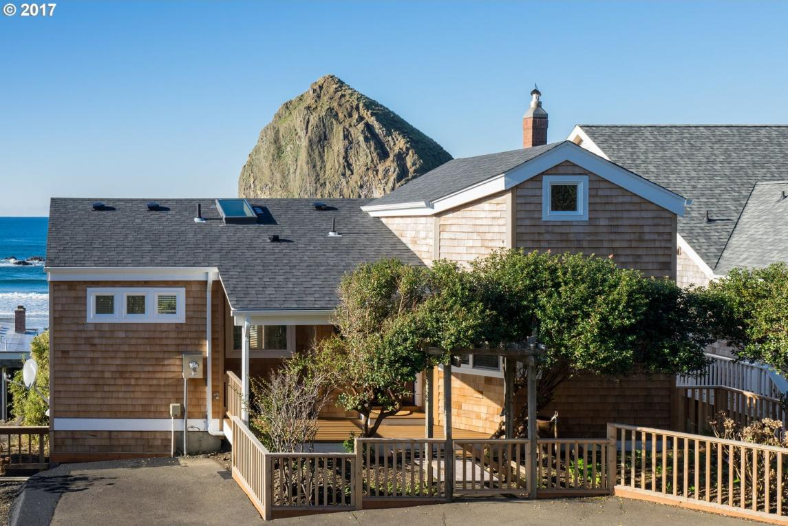 1856 Pacific St, Cannon Beach, OR 97110