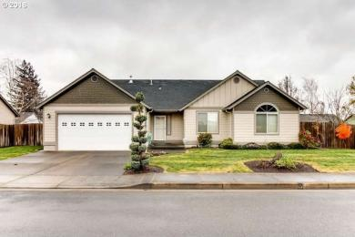 710 Andrian Dr, Molalla, OR 97038