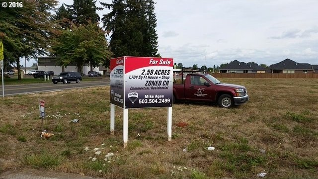 1300 S Ivy St, Canby, OR 97013