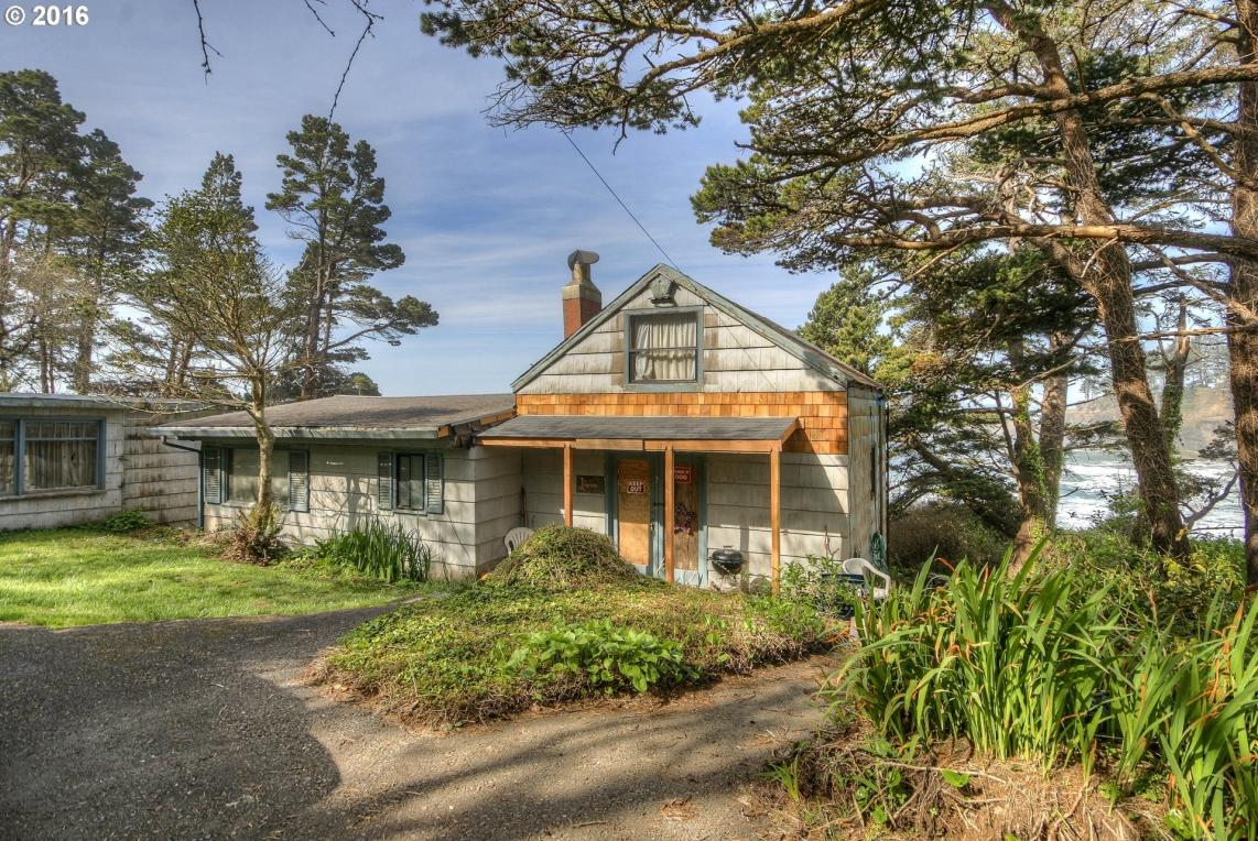 231 N Hwy 101, Depoe Bay, OR 97341