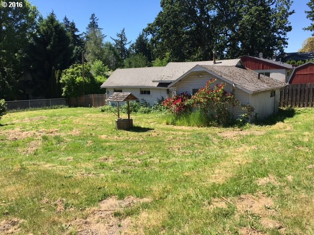 4311 SE View Acres Rd, Milwaukie, OR 97267