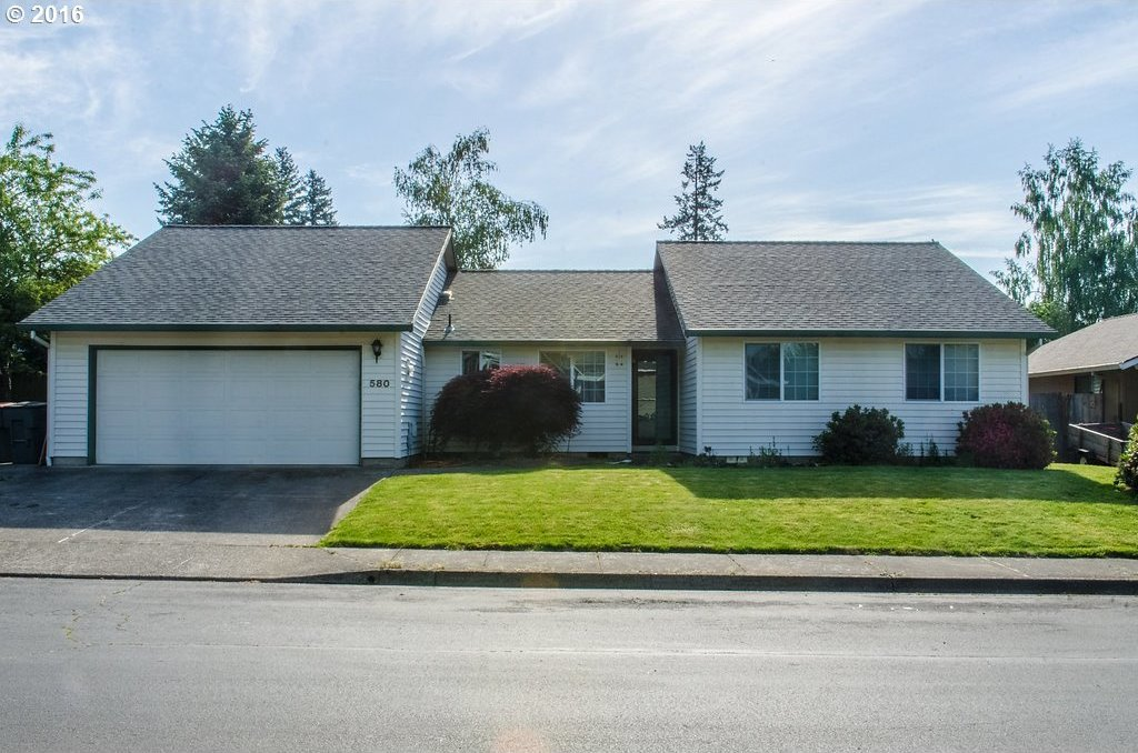 580 SW Russ Ln, Mcminnville, OR 97128