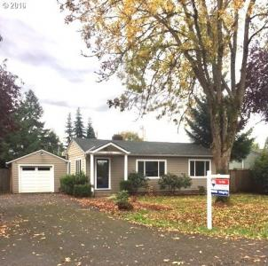 2266 Willona Dr, Eugene, OR 97408