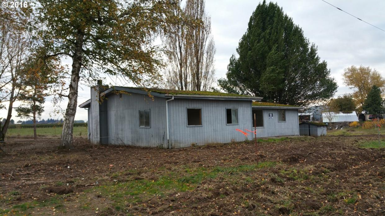 8554 S Oster Rd, Woodburn, OR 97071