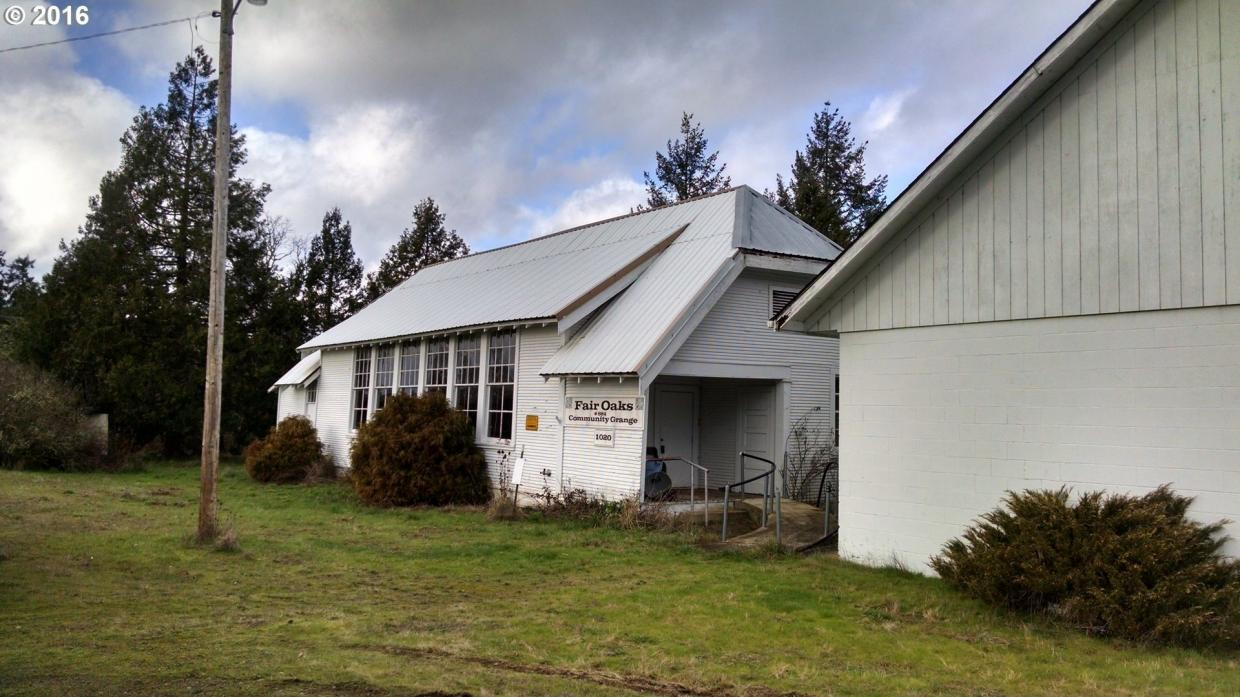 1020 Fair Oaks Rd, Oakland, OR 97462