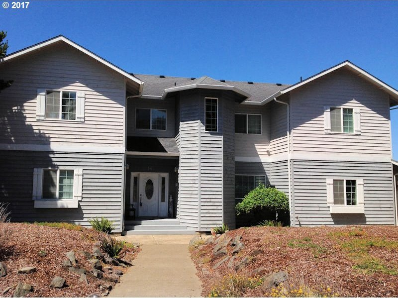 14 NW Lincoln Shore Star R, Lincoln City, OR 97367