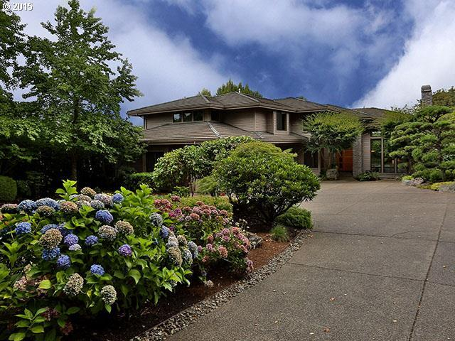 2961 Beacon Hill Dr, West Linn, OR 97068