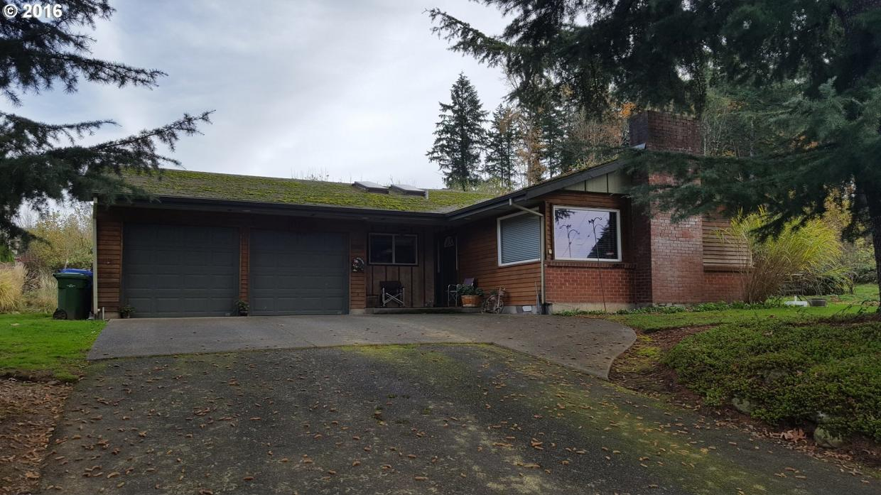16300 SE Eckert Ln, Damascus, OR 97089
