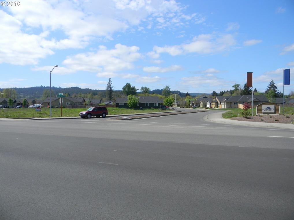 S Hwy 99, Cottage Grove, OR 97424