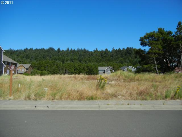 Dory Pointe Loop, Pacific City, OR 97135