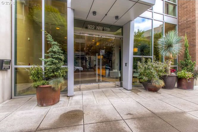922 NW 11th Ave #104, Portland, OR 97209