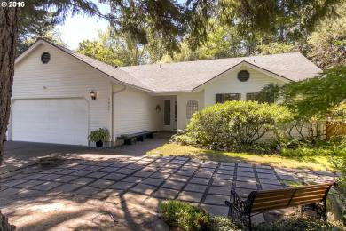 6651 SW Boundary St, Portland, OR 97225