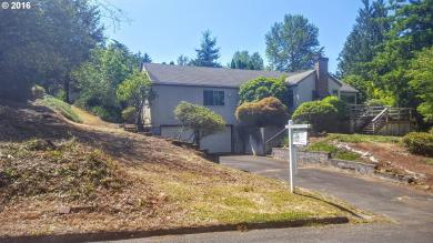 9638 SE Crystal View Dr, Portland, OR 97266