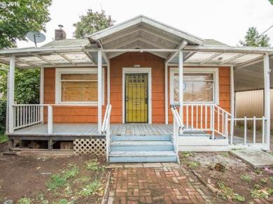9811 SE Foster Rd, Portland, OR 97266