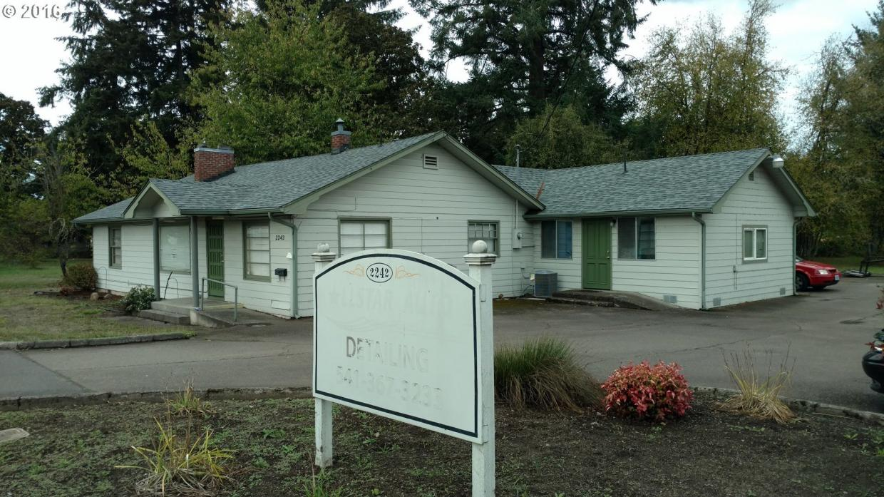2242 Main St, Sweet Home, OR 97386