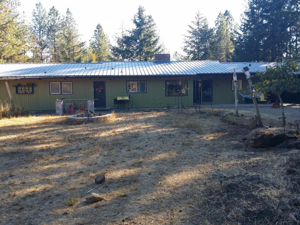 690 Maple Ave, Sutherlin, OR 97479