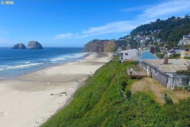 1300 Pacific Ave, Oceanside, OR 97134
