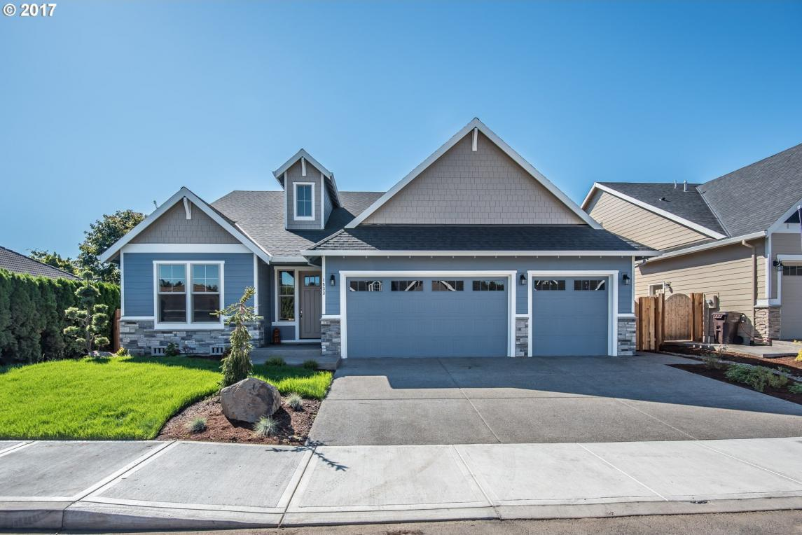 1533 N Plum Ct, Canby, OR 97013