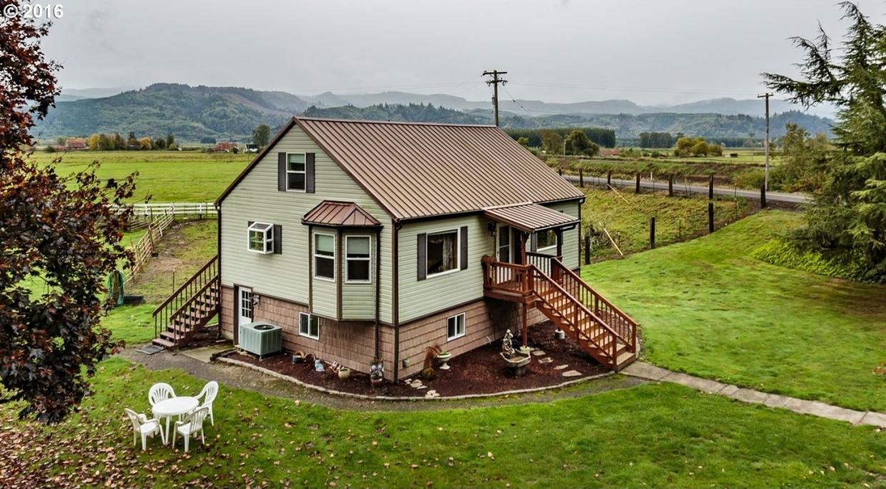13876 River Front Rd, Clatskanie, OR 97016