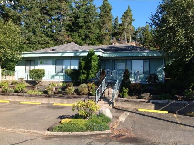 1647 12th St, Florence, OR 97439