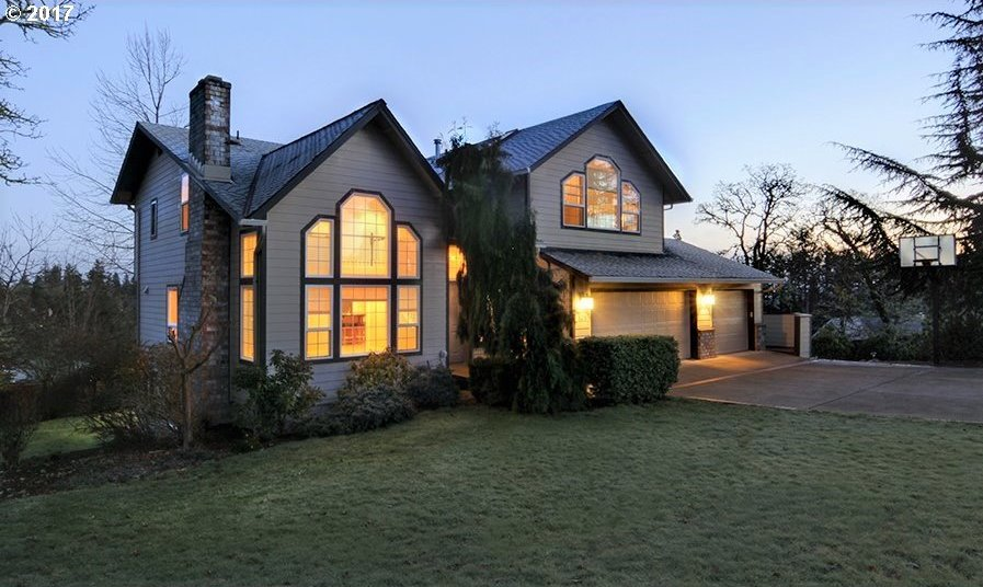 529 W 40th Ave, Eugene, OR 97405
