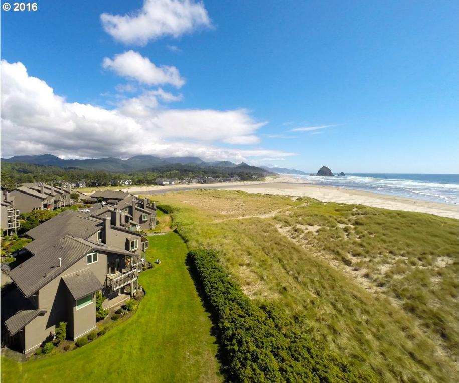 505 Breakers Point Condo Ct, Cannon Beach, OR 97110