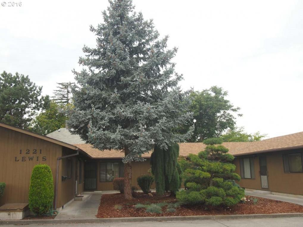 1221 Lewis, The Dalles, OR 97058