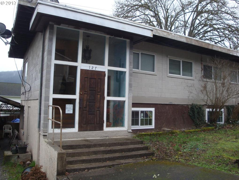 127 West E Ave, Drain, OR 97435