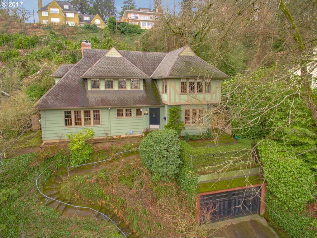 2896 NW Westover Rd, Portland, OR 97210