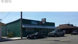 346 N 4th St, Reedsport, OR 97467